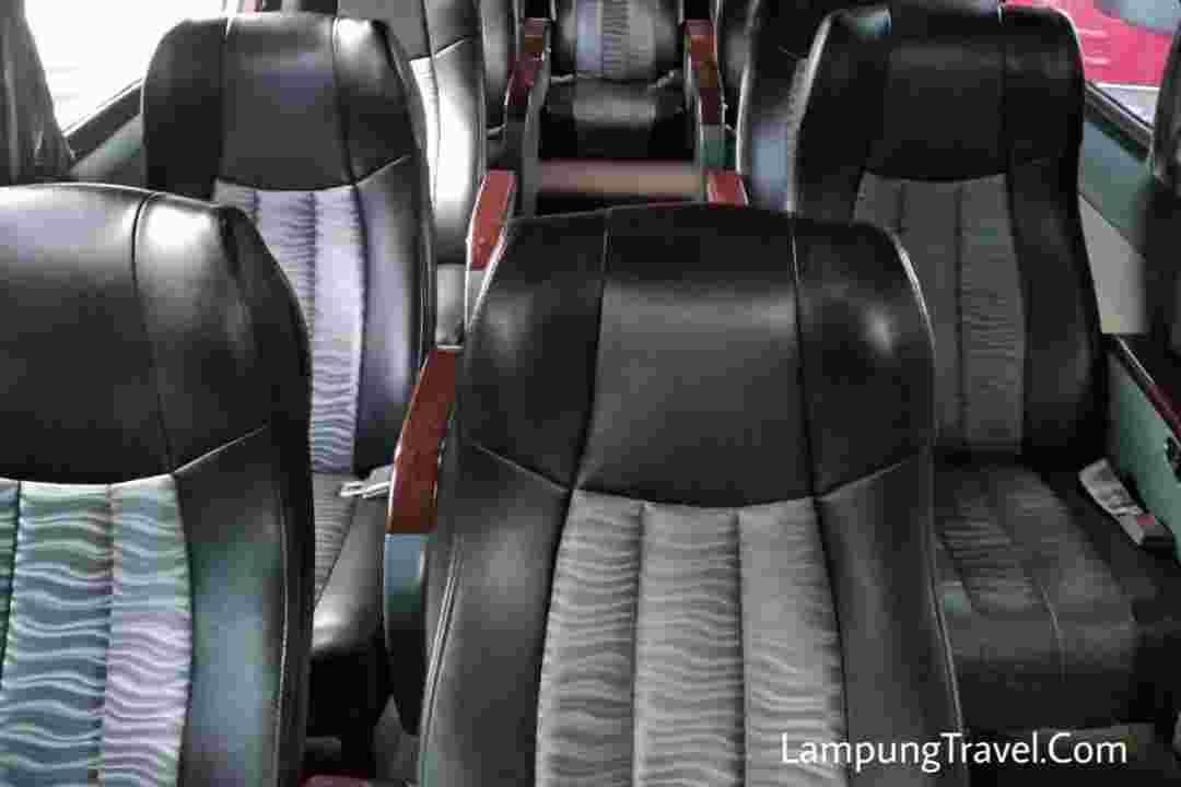 Jasa Travel Lampung Ciputat
